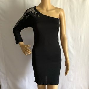 Urban behavior one shoulder black mini dress